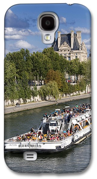 Louvre Galaxy S4 Case - Sightseeing Boat On River Seine To Louvre Museum. Paris by Bernard Jaubert