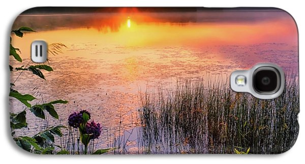 Galaxy S4 Case featuring the photograph Summer Sunrise Square by Bill Wakeley