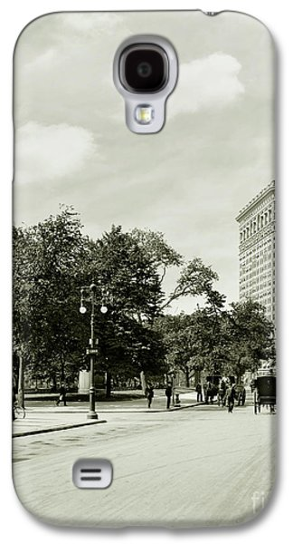 The Flatiron Building Galaxy S4 Case by Jon Neidert