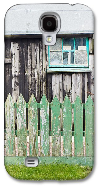 Wooden Shed Galaxy S4 Case by Tom Gowanlock
