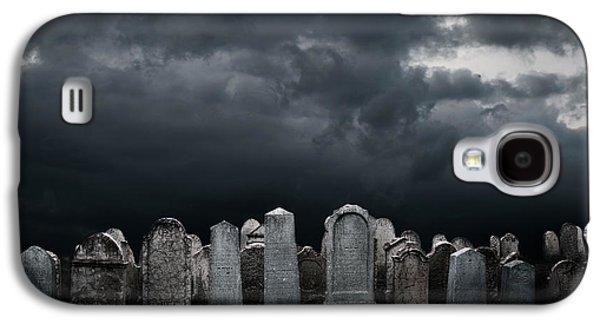 Graveyard Galaxy S4 Case