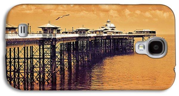 Llandudno Pier North Wales Uk Galaxy S4 Case by Mal Bray