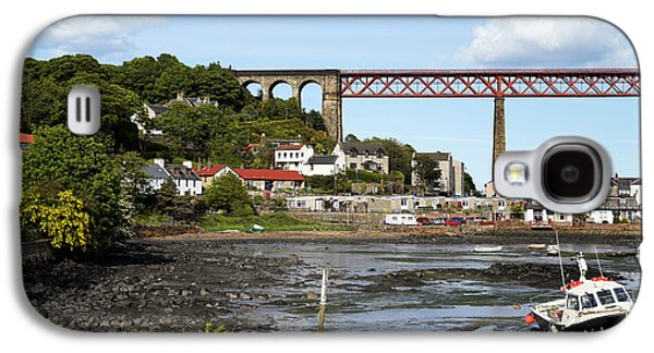Galaxy S4 Case featuring the photograph North Queensferry by Jeremy Lavender Photography
