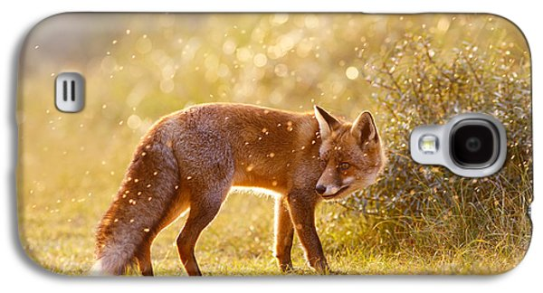 The Fox And The Fairy Dust Galaxy S4 Case by Roeselien Raimond