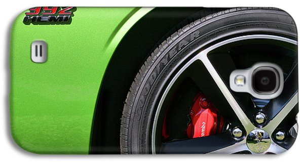2011 Dodge Challenger Srt8 392 Hemi Green With Envy Galaxy S4 Case by Gordon Dean II