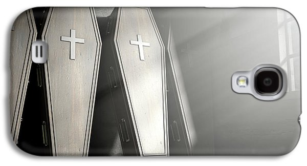 Coffin Row In A Room Galaxy S4 Case by Allan Swart