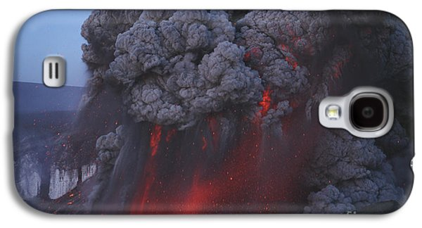 Eyjafjallajökull Eruption, Summit Galaxy S4 Case by Martin Rietze