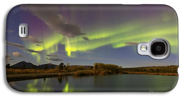 Aurora Borealis With Moonlight At Fish Galaxy S4 Case by Joseph Bradley