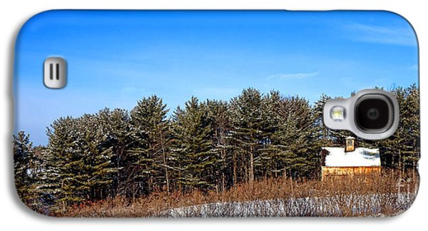 A Barn In The Snow In Maine Galaxy S4 Case