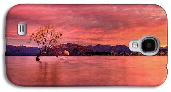 A Beautiful Autumn Sunrise Galaxy S4 Case by Kumar Annamalai