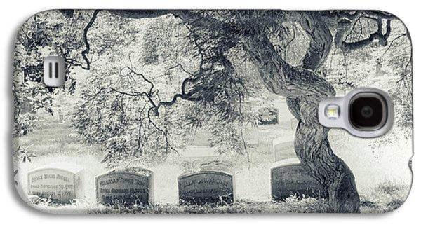 A Family Tree  Galaxy S4 Case by Jessica Jenney