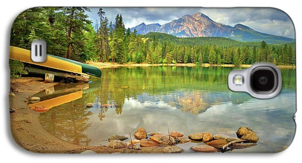 A Gentle Light At Lake Annette Galaxy S4 Case by Tara Turner