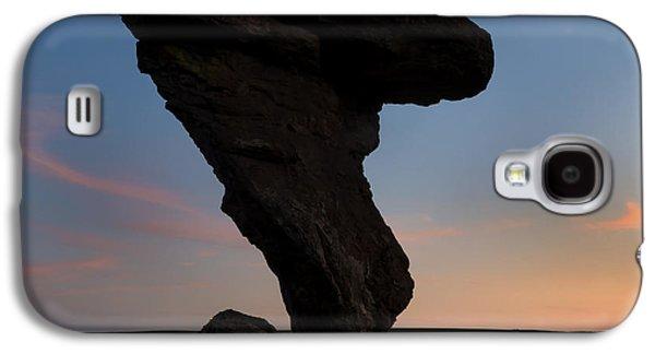Desert Sunset Galaxy S4 Case - A Matter Of Balance by Mike Dawson