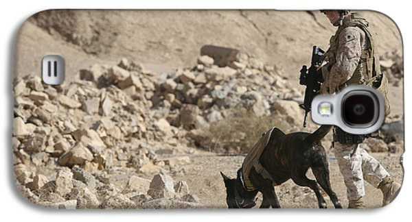 Working Dog Galaxy S4 Cases - A Soldier And His Dog Search An Area Galaxy S4 Case by Stocktrek Images