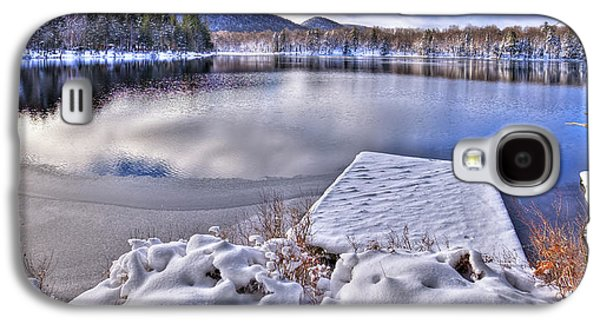Galaxy S4 Case featuring the photograph A Winter Day On West Lake by David Patterson