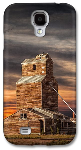 Abandoned Grain Elevator On The Prairie Galaxy S4 Case