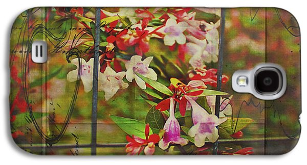 Abelia Coming Through Galaxy S4 Case by Bellesouth Studio
