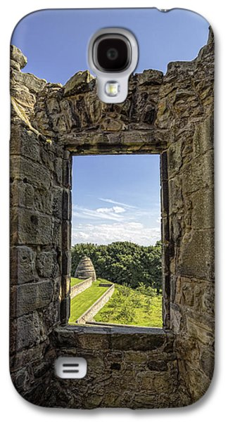 Galaxy S4 Case featuring the photograph Aberdour Castle by Jeremy Lavender Photography