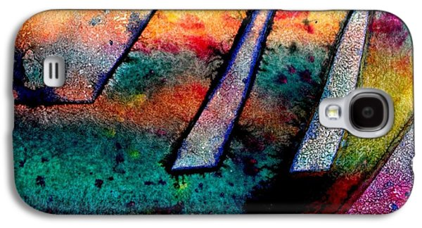Abstract 32 Galaxy S4 Case by John  Nolan