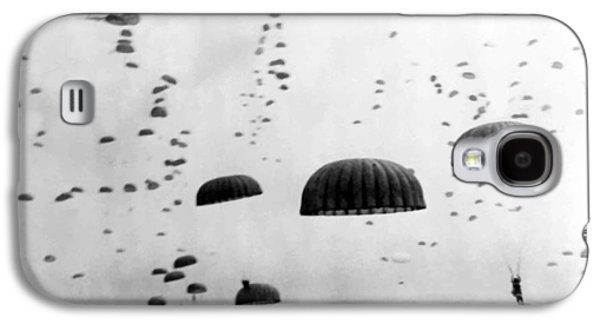 Airborne Mission During Ww2  Galaxy S4 Case by War Is Hell Store