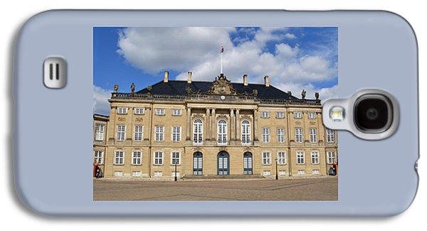 Amalienborg Palace. Galaxy S4 Case by Terence Davis