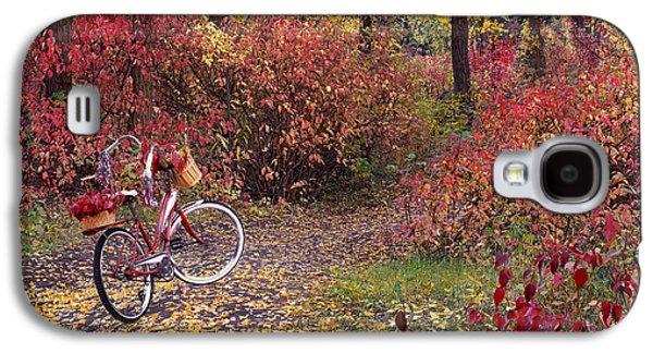 An Autumn Bike Trek Galaxy S4 Case