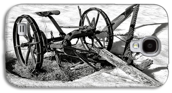 Antique Farm Machine In Winter Snow Galaxy S4 Case by Olivier Le Queinec