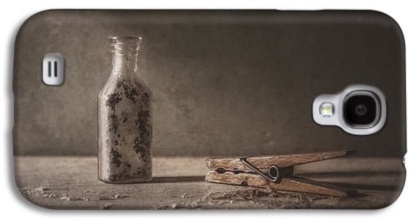 Apothecary Bottle And Clothes Pin Galaxy S4 Case by Scott Norris
