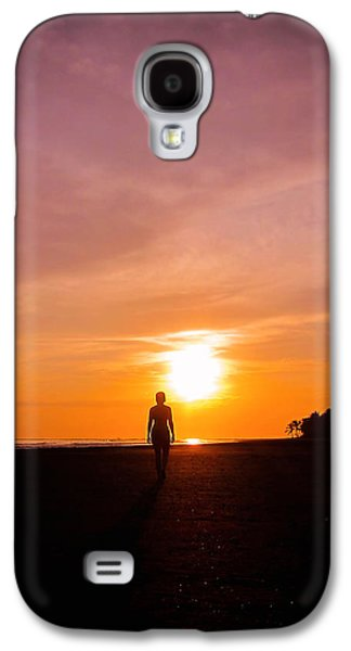 Sunset Walk Galaxy S4 Case by Nicklas Gustafsson
