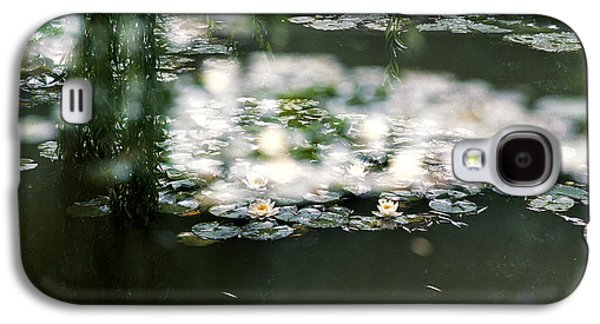 Galaxy S4 Case featuring the photograph At Claude Monet's Water Garden 5 by Dubi Roman