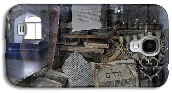 Galaxy S4 Case featuring the photograph At The Old Tample Of Safed  by Dubi Roman