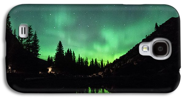 Aurora On Moraine Lake Galaxy S4 Case by Alex Lapidus
