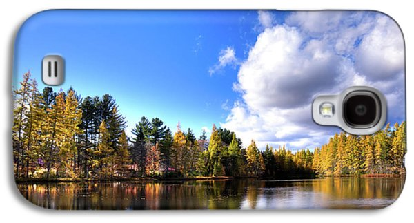Galaxy S4 Case featuring the photograph Autumn Calm At Woodcraft Camp by David Patterson
