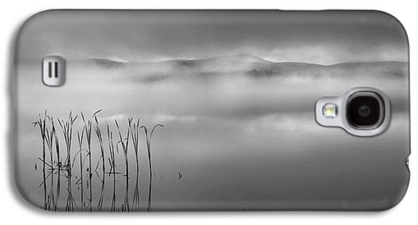 Galaxy S4 Case featuring the photograph Autumn Fog Black And White by Bill Wakeley