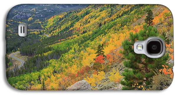Galaxy S4 Case featuring the photograph Autumn On Bierstadt Trail by David Chandler