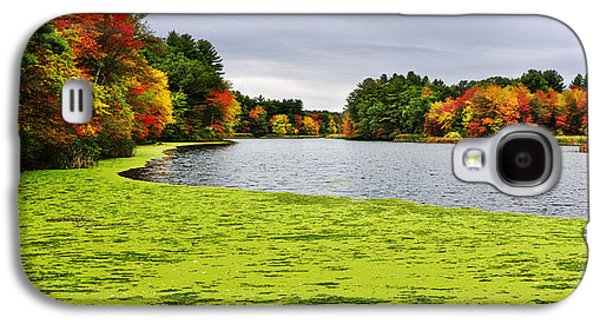 Autumn On Grist Mill Pond In Sudbury Galaxy S4 Case by Luke Moore