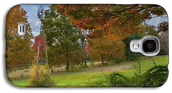Galaxy S4 Case featuring the photograph Autumn Windmill by Bill Wakeley