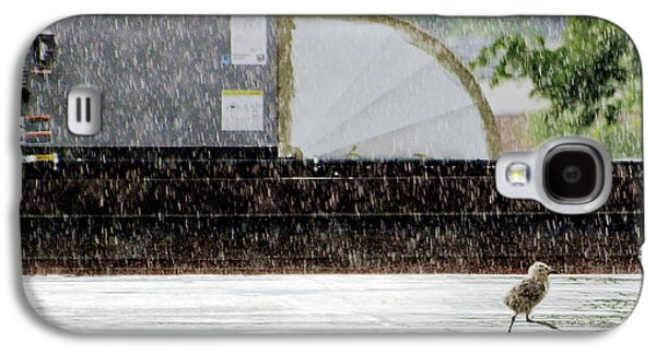 Baby Seagull Running In The Rain Galaxy S4 Case by Bob Orsillo