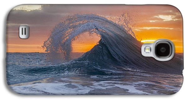 Back Curl Galaxy S4 Case by Sean Davey