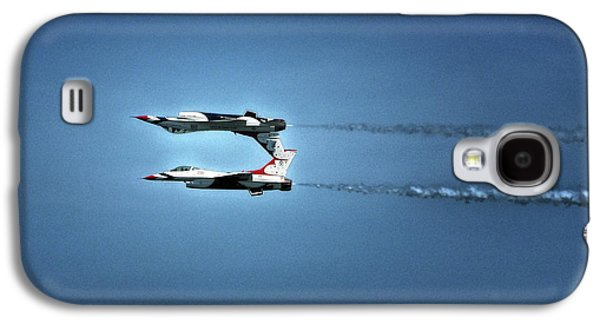 Galaxy S4 Case featuring the photograph Back To Back Thunderbirds Over The Beach by Bill Swartwout Fine Art Photography