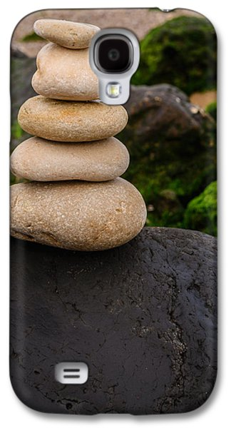 Balancing Zen Stones By The Sea V Galaxy S4 Case