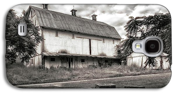Barn In Black And White Galaxy S4 Case