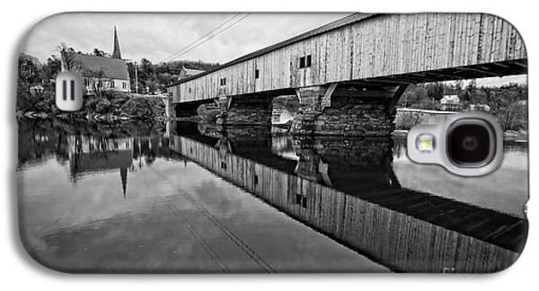 Bath Covered Bridge New Hampshire Black And White Galaxy S4 Case by Edward Fielding