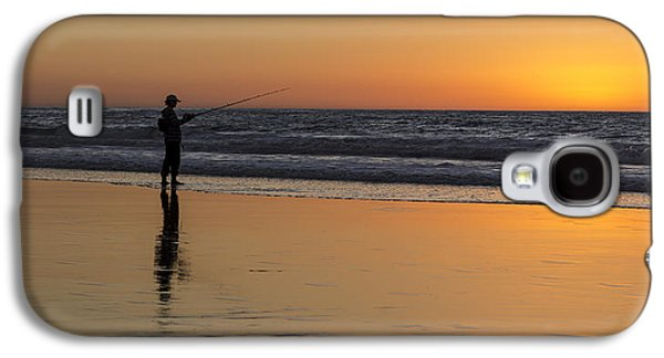 Beach Fishing At Sunset Galaxy S4 Case