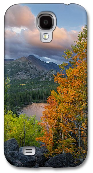Bear Lake Autumn Galaxy S4 Case by Aaron Spong