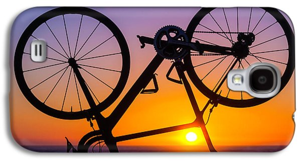 Bike On Seawall Galaxy S4 Case by Garry Gay