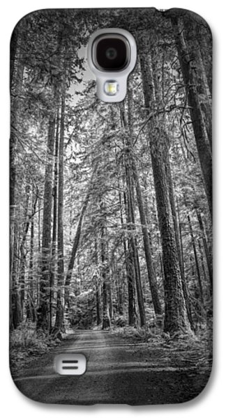 Black And White Of A Road In A Vancouver Island Rain Forest Galaxy S4 Case by Randall Nyhof