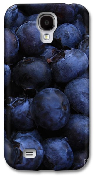 Blueberries Close-up - Vertical Galaxy S4 Case by Carol Groenen
