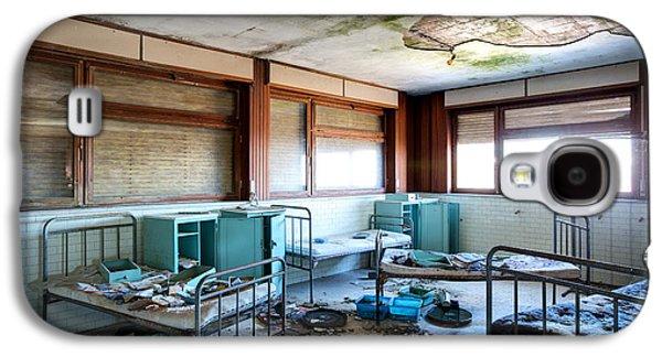 Boarding School Nightmare - Abandoned Building Galaxy S4 Case by Dirk Ercken