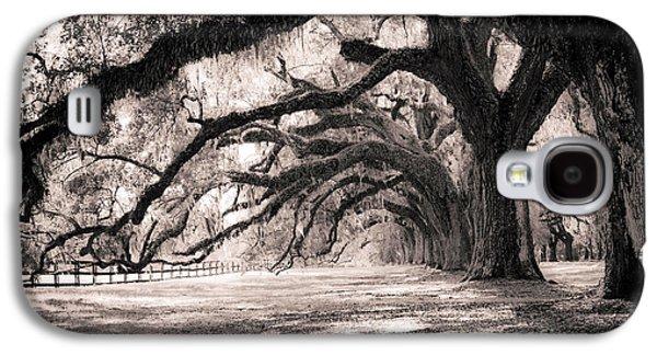 Boone Hall Plantation Live Oaks Galaxy S4 Case by Dustin K Ryan